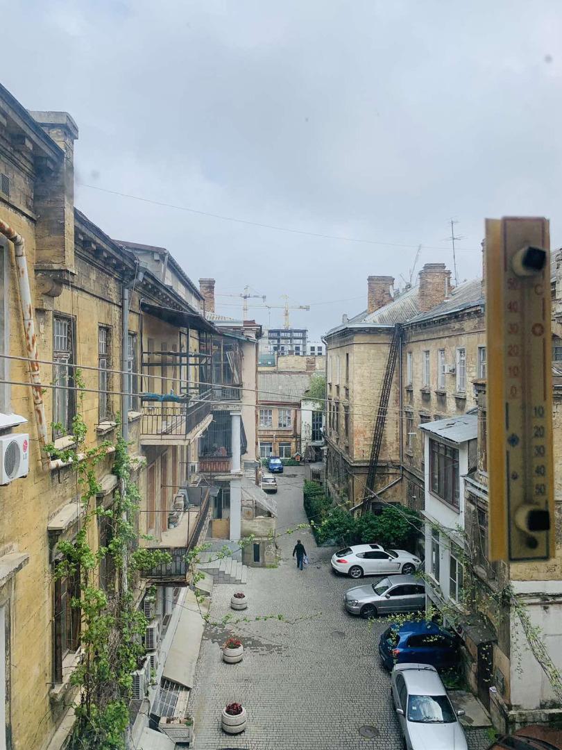 продажа многокомнатной квартиры номер A-163286 в Приморском районе, фото номер 9